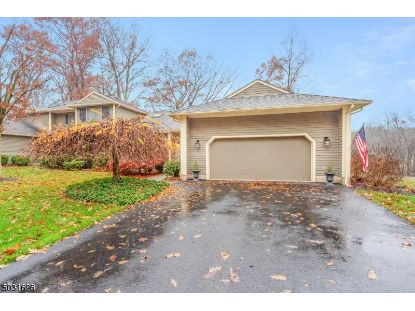 36 HUNTERS CIR  Tewksbury Twp, NJ MLS# 3678902