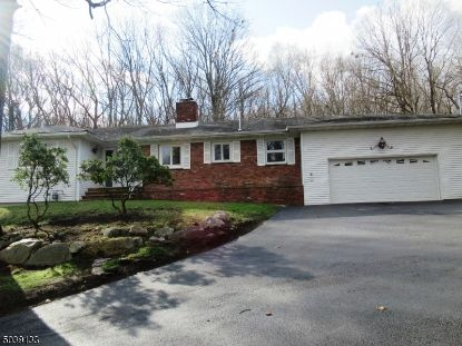 25 DE CAMP DR  Boonton Township, NJ MLS# 3684566