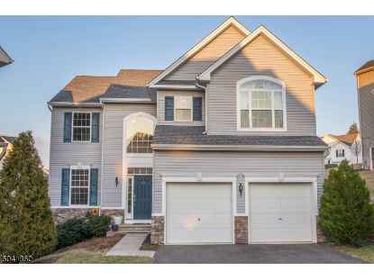 261 WINDING HILL DR  Mount Olive, NJ MLS# 3686758