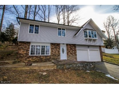 32 OLD CREAMERY RD  Andover, NJ MLS# 3686833