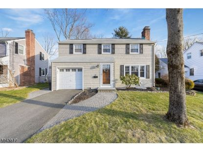 31 Park Way  Morris Plains, NJ MLS# 3688148