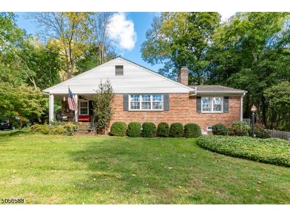 10 Lacey Ave  Long Hill Twp, NJ MLS# 3699274