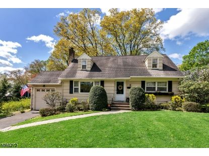 241 Eastview Ter  Wyckoff, NJ MLS# 3710192