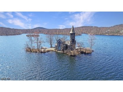 5 Undercliff Ter  Kinnelon, NJ MLS# 3710275