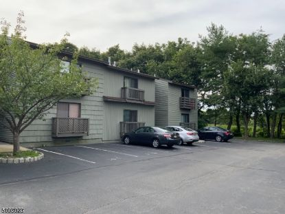 1413 Spruce Hills Drive
