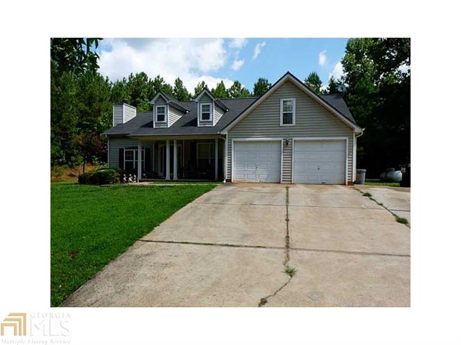 9425 Rivertown Rd, Fairburn, GA 30213