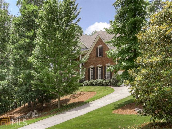 145 Sherwood Pass, Roswell, GA 30075