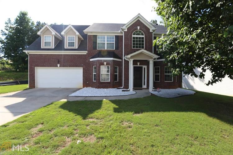 2104 Blueberry Ln, Conyers, GA 30013