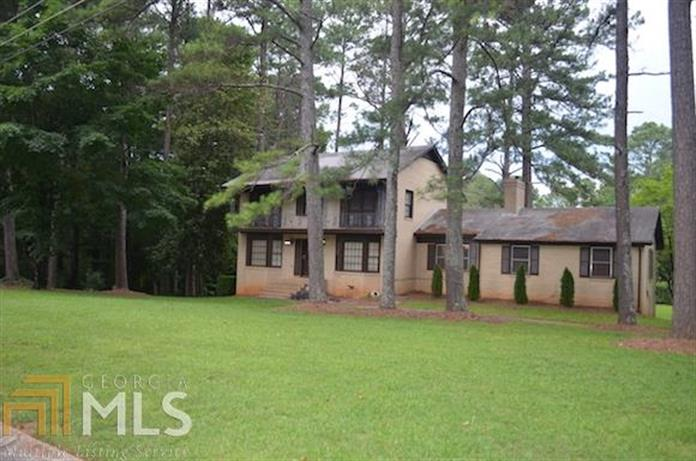 2196 Carriage, Morrow, GA 30260