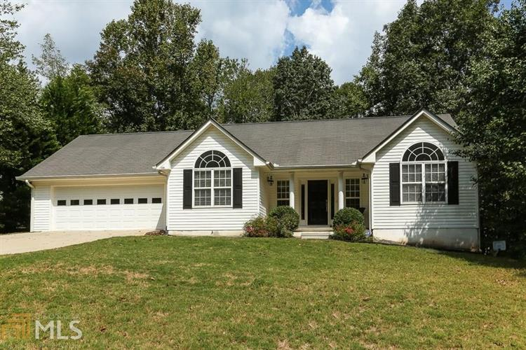 5769 Shadow Oaks Dr, Murrayville, GA 30564