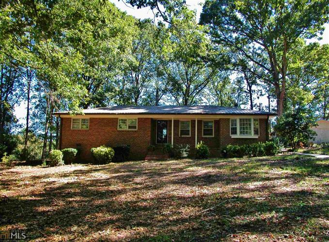 719 Short Seagraves Rd, Commerce, GA 30530