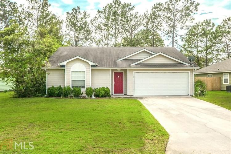 108 Pleasant Breeze Way, Kingsland, GA 31548