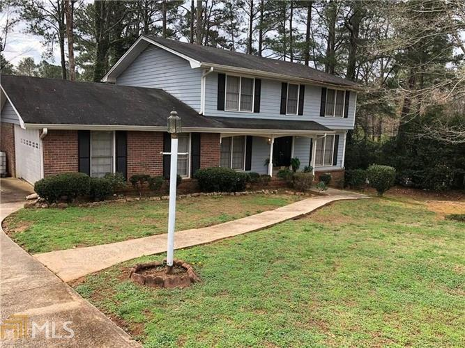 4571 Newcastle Cir, Lithonia, GA 30038