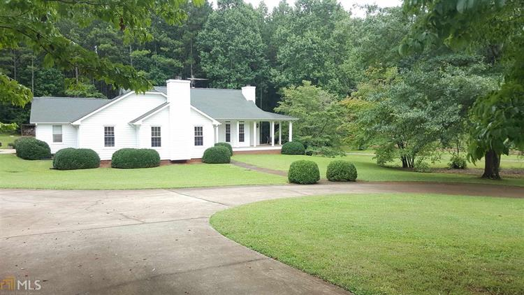 3639 Holly Springs Rd, Rockmart, GA 30153