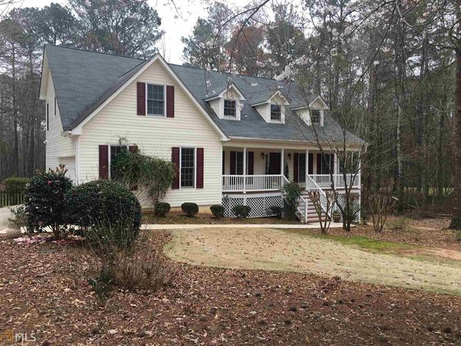 290 Weeping Willow Way, Tyrone, GA 30290