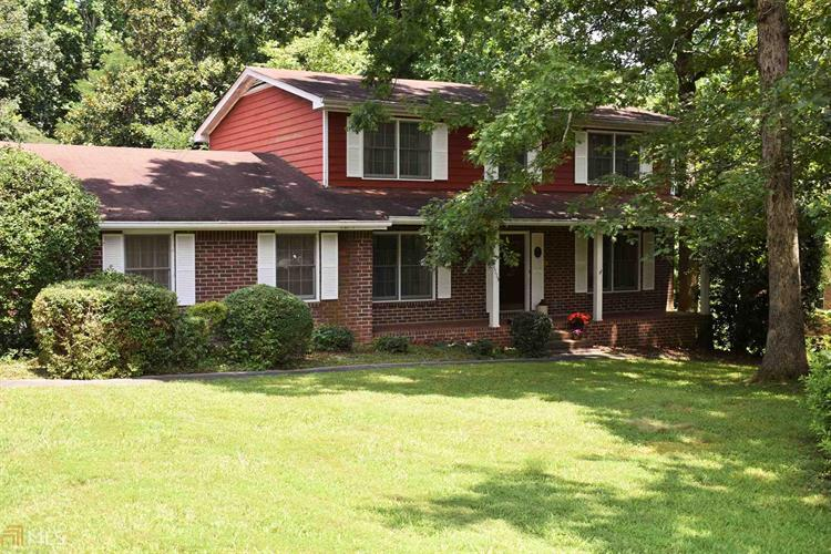 5115 Tilly Mill Rd, Dunwoody, GA 30338