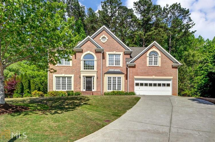 3060 Greens Creek Ln, Alpharetta, GA 30009