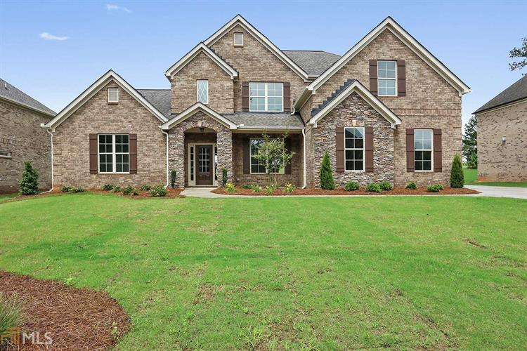 2526 Lake Erma Dr, Hampton, GA 30228