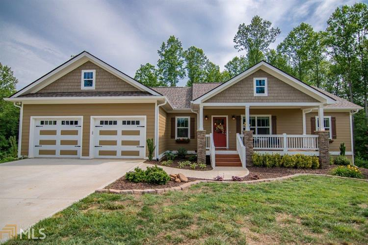 222 Meadow Cir, Ellijay, GA 30540