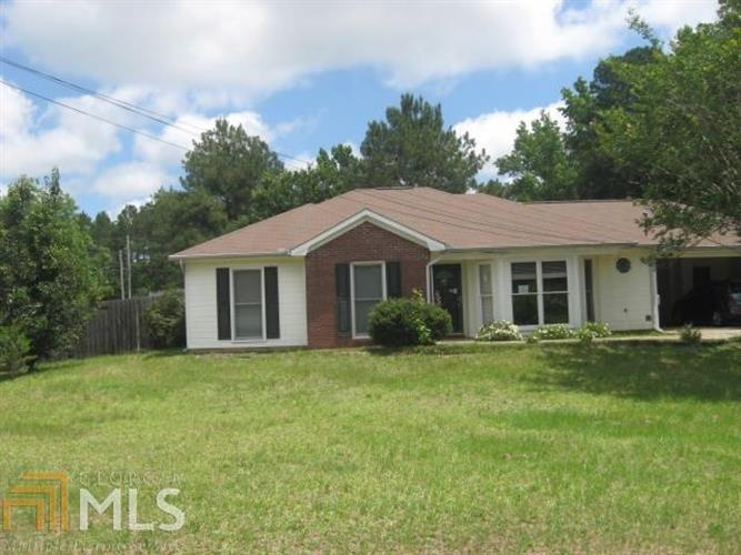 33 Lee Rd 540, Phenix City, AL 36870