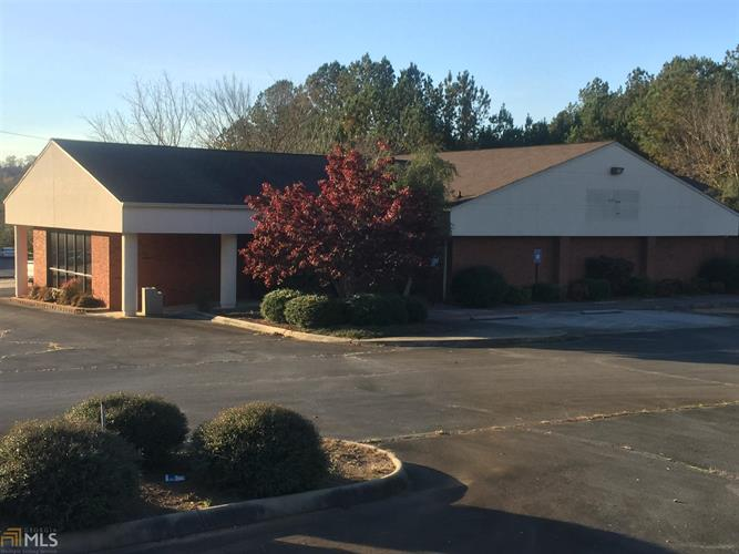 3138 Maple Rd, Lindale, GA 30147