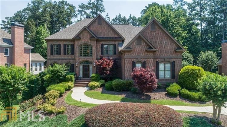 14401 Club Cir, Milton, GA 30004