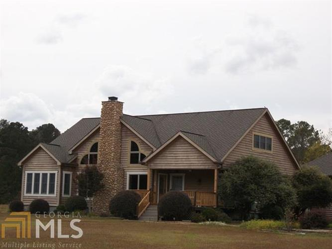 223 Lake Joy Rd, Perry, GA 31069