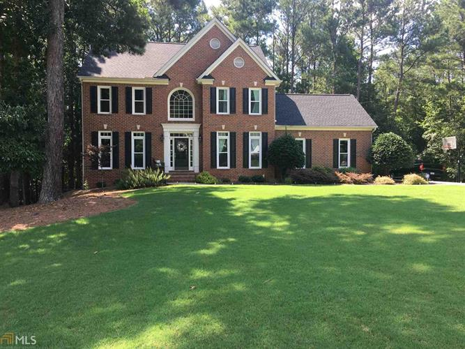 175 Monarch Dr, Peachtree City, GA 30269
