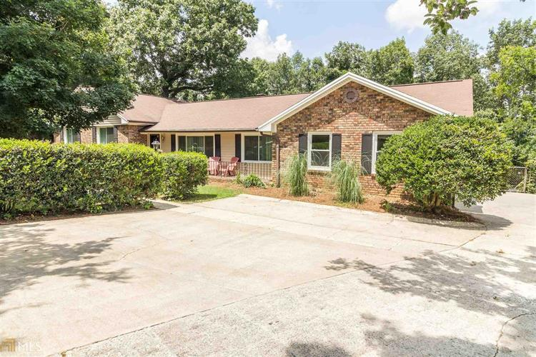 50 Ridgeview Dr, Silver Creek, GA 30173