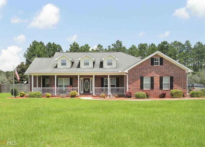 1608 Colony Ln, Brooklet, GA 30415