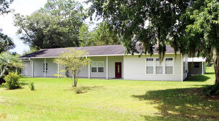 633 Oak St, Folkston, GA 31537