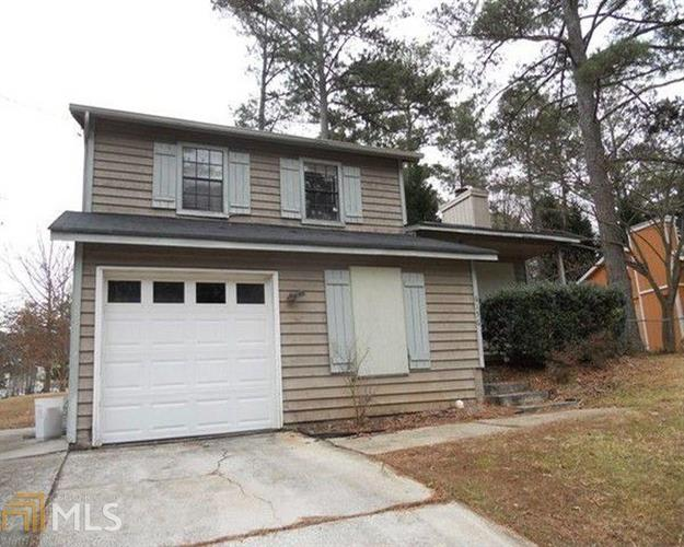 6156 Creekford Dr, Lithonia, GA 30058