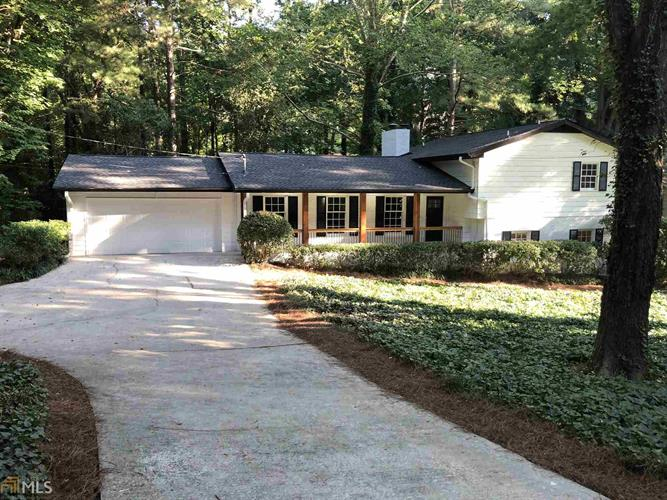 360 Forest Valley Ct, Sandy Springs, GA 30342 - Image 1