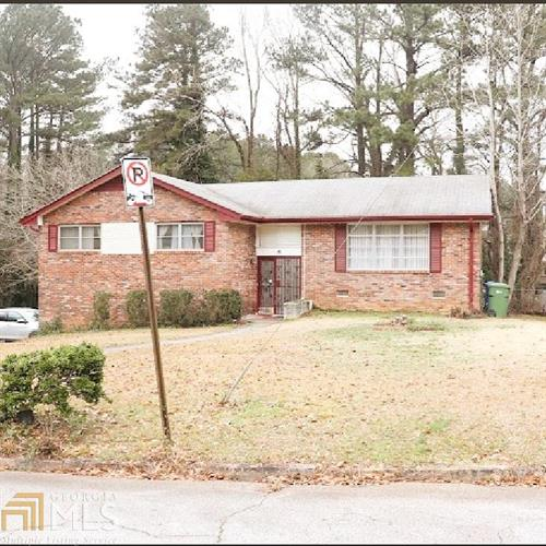 2106 Golden Dawn Dr, Atlanta, GA 30311 - Image 1