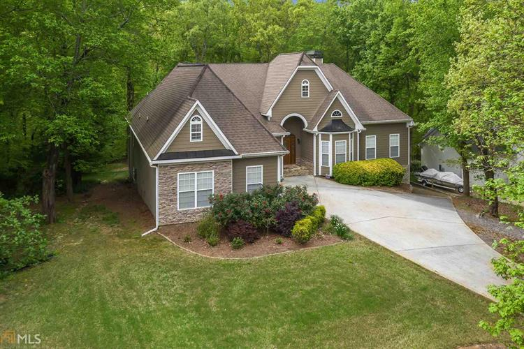 8655 Anchor On Lanier Ct, GAINESVILLE, GA 30506 - Image 1