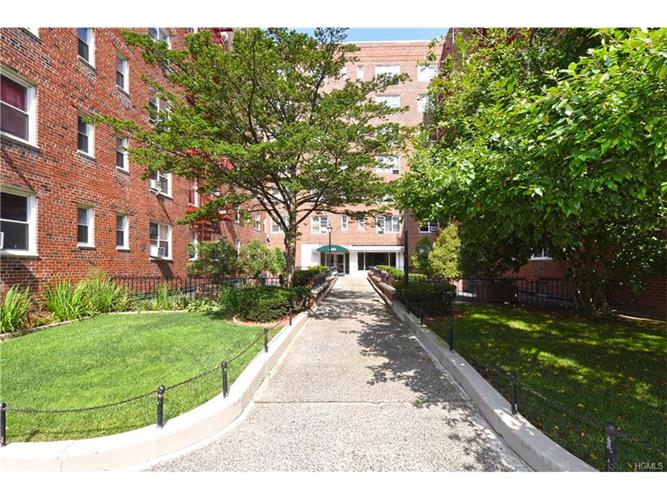 480 Riverdale Avenue, Yonkers, NY 10705