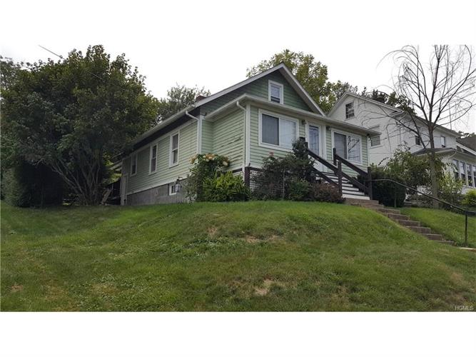 32 California Avenue, Middletown, NY 10940
