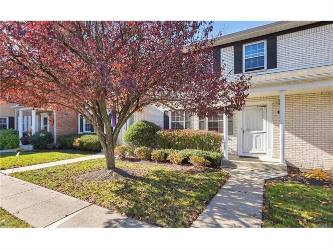579 Lenape Court, Suffern, NY 10901