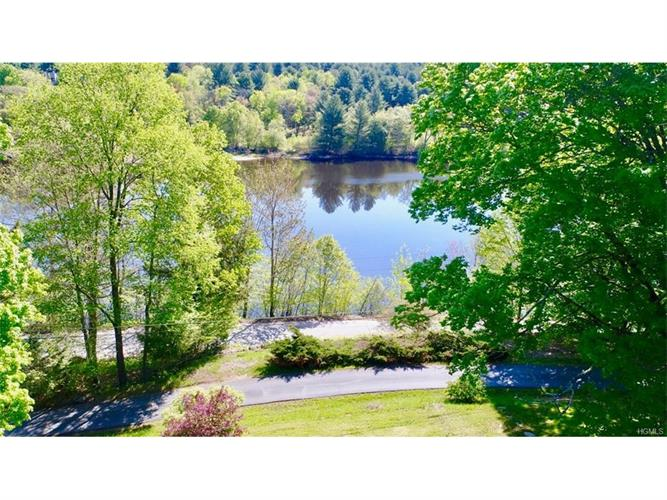 7 Strout Road, Mongaup Valley, NY 12762