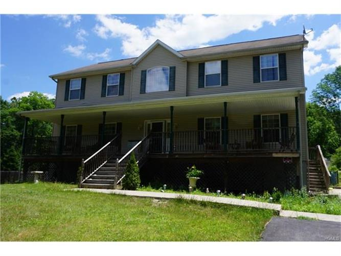 22 Bradley Drive, Hopewell Junction, NY 12533