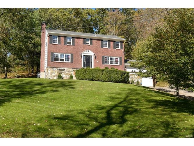 7 Courtmel Road, Mount Kisco, NY 10549