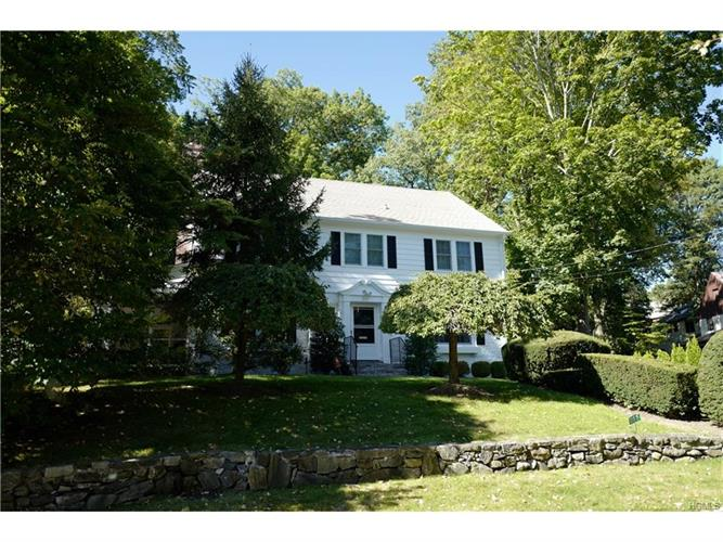 207 Brewster Road, Scarsdale, NY 10583