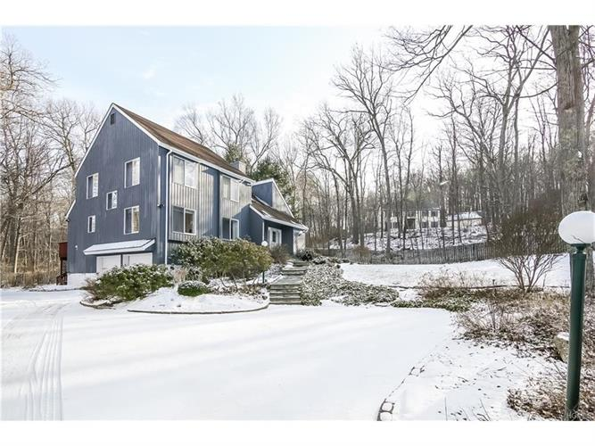 14 Hunts Lane, Cross River, NY 10518