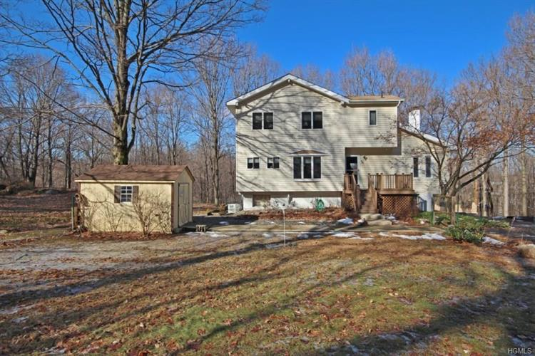 7 Winterview, Cornwall on Hudson, NY 12520