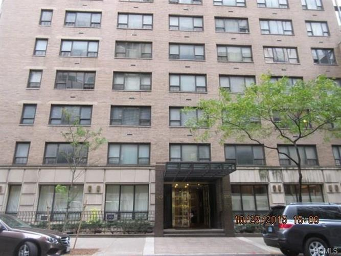 210 East 47th Street, New York, NY 10017