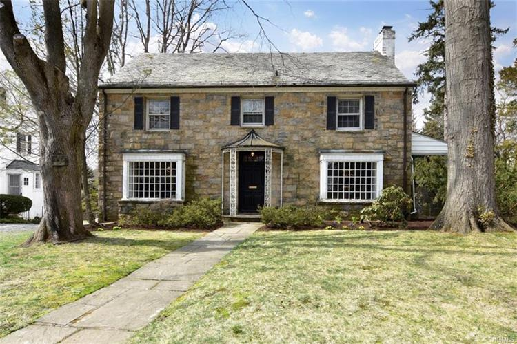 312 Central Parkway, Mount Vernon, NY 10552