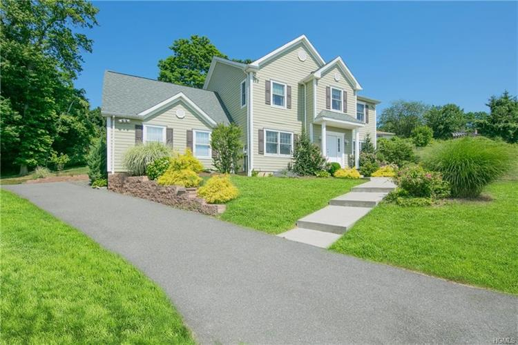 10 Clarion Drive, White Plains, NY 10603