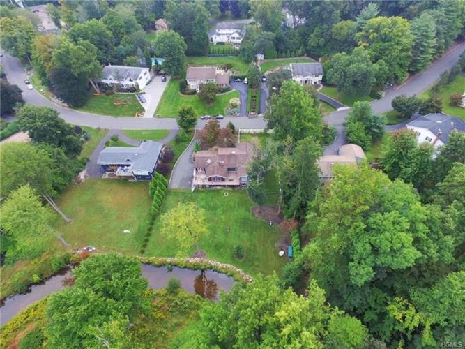 28 Woodhaven Drive, New City, NY 10956 - Image 1
