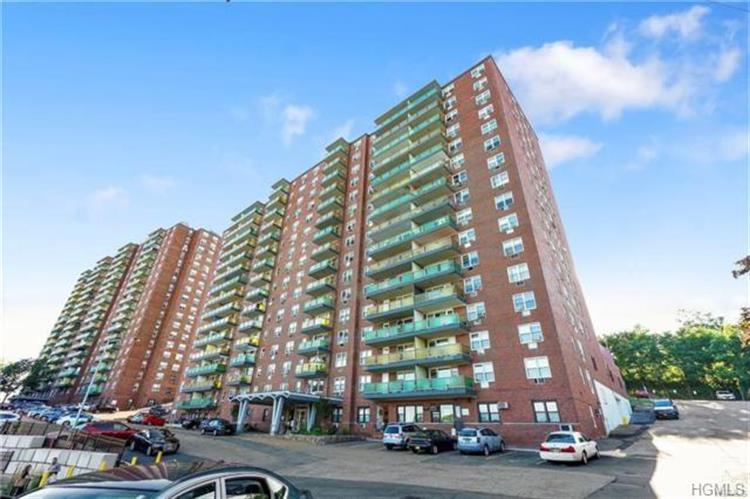 1853 Central Park Avenue, Yonkers, NY 10710