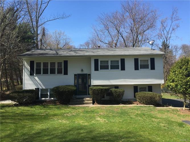 39 South Airmont Road, Suffern, NY 10901 - Image 1